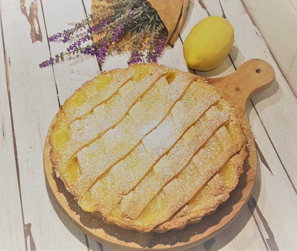 (Italiano) Crostata con crema di limoni