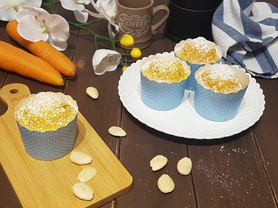 Muffin alle carote, mandorle e zafferano