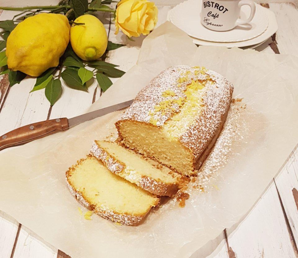 (Italiano) Plumcake cocco e limone agli albumi