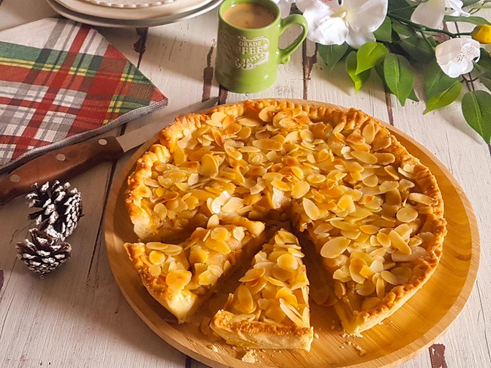 (Italiano) Crostata alle mele e mandorle