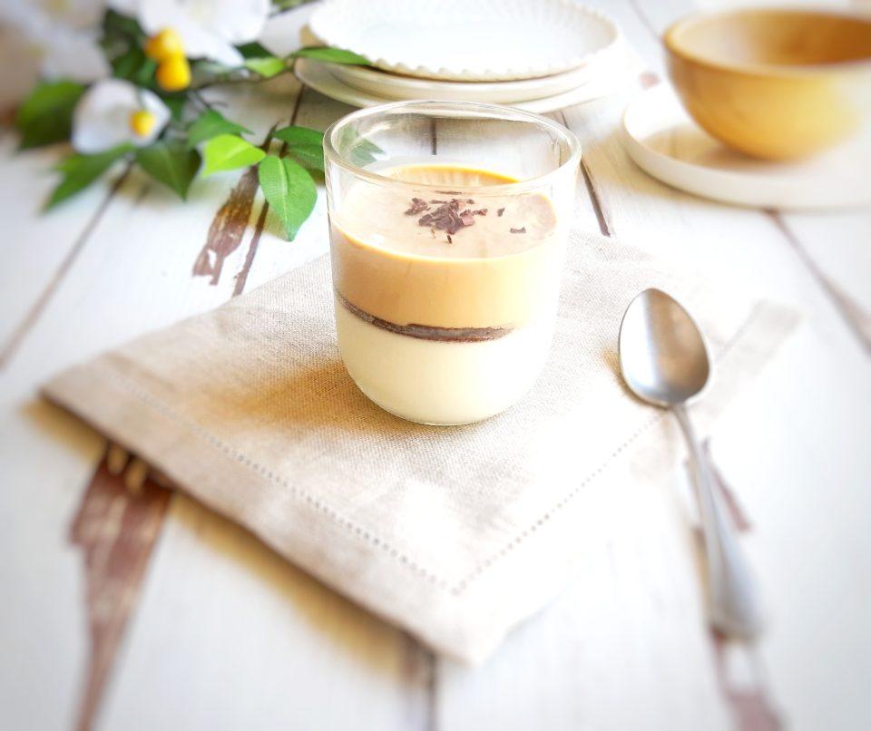 (Italiano) Panna cotta al caffè e vaniglia