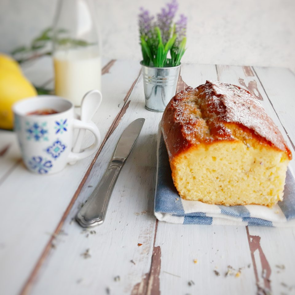 (Italiano) Plumcake al limone e lavanda
