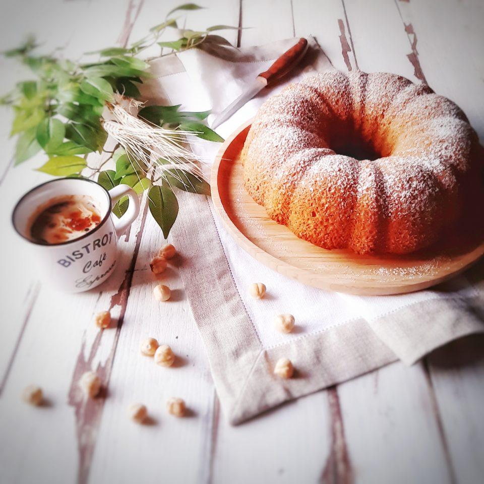 (Italiano) Ciambella integrale alle nocciole e caffè