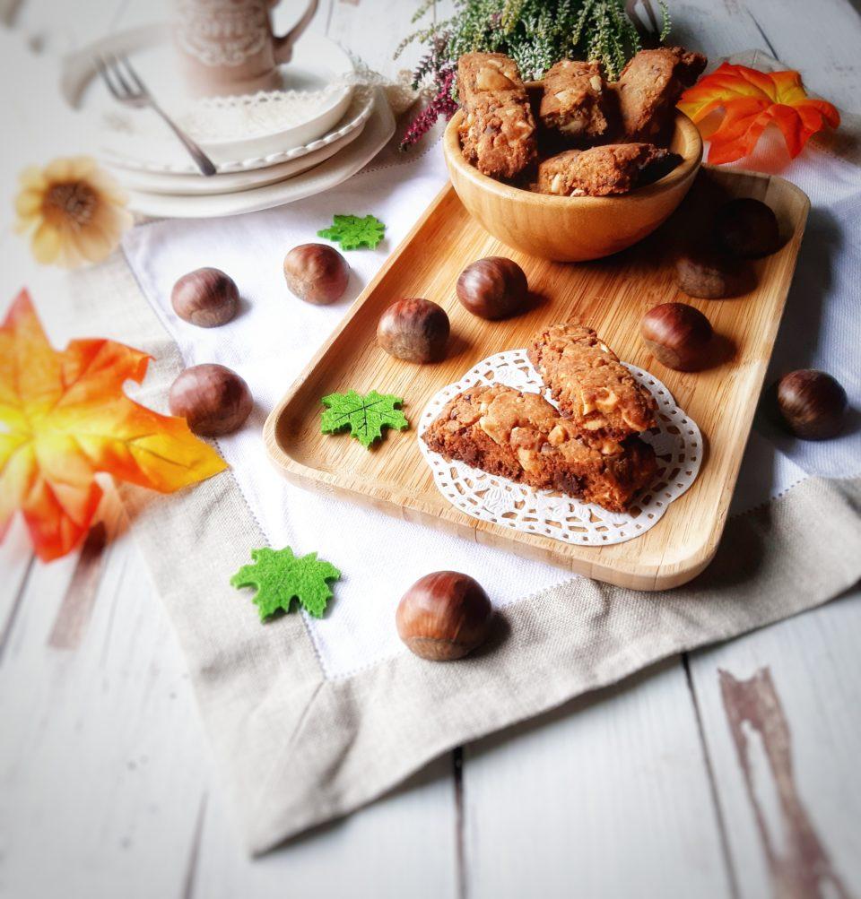 (Italiano) Cantucci alla farina di castagne e cioccolato