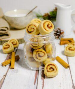 (Italiano) Biscotti spirale alla cannella