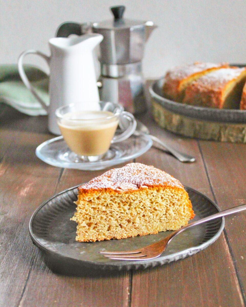 (Italiano) Torta cappuccino (o al caffelatte)