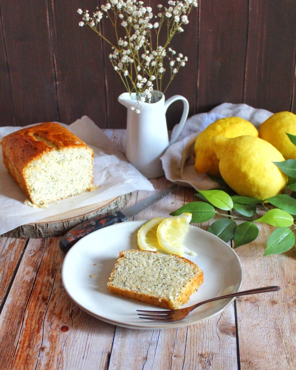 (Italiano) Plumcake vegano al limone e semi di papavero