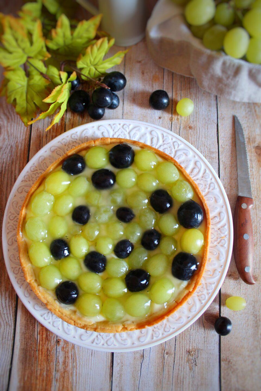 (Italiano) Crostata all'uva e la vendemmia cittadina