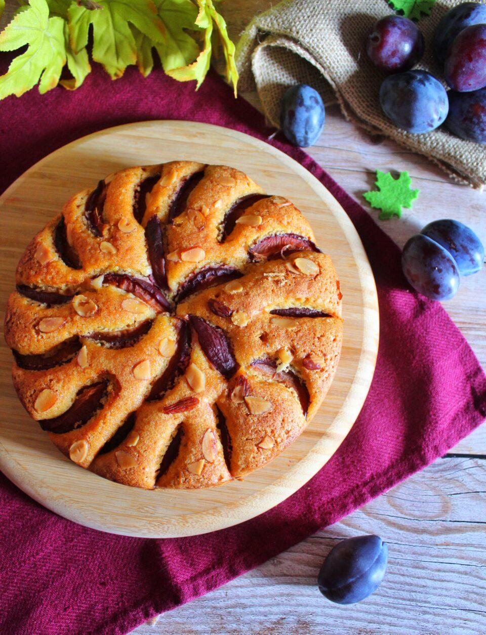 (Italiano) Torta alle prugne e mandorle per salutare l'estate