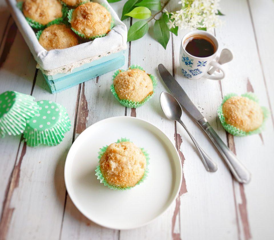 (Italiano) Muffin vegani al mango e cocco