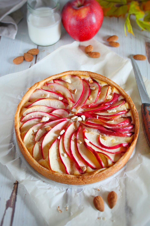 (Italiano) Crostata alle mele e crema frangipane