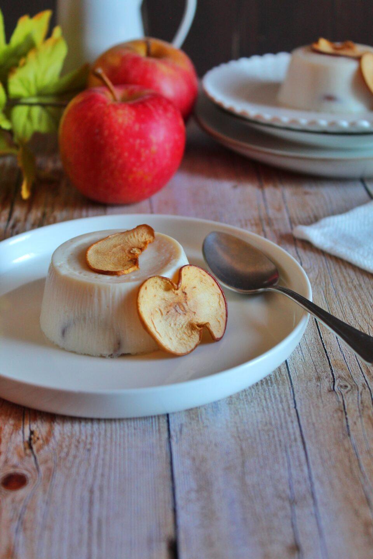 (Italiano) Latte cotto al cocco e le mele nuove